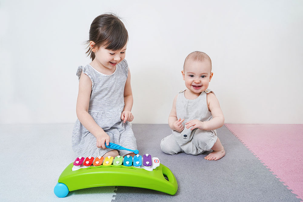 Daily Yoga and Music Keep Your Child Engaged